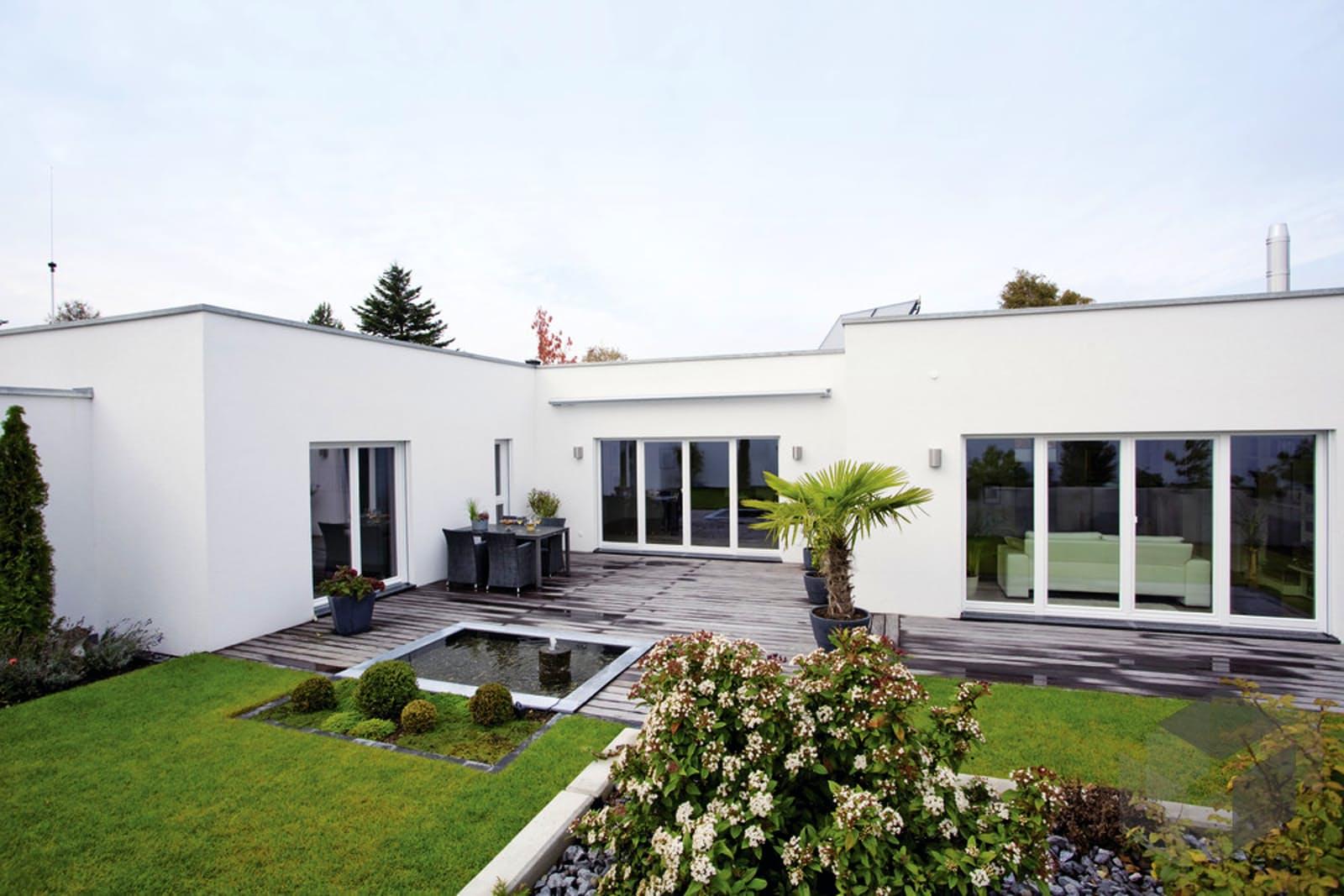 Kundenhaus 11 individuelle planung von weberhaus for Fertighaus u form