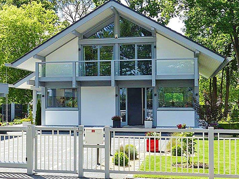 Modernes Satteldachhaus von Kurth–Haus