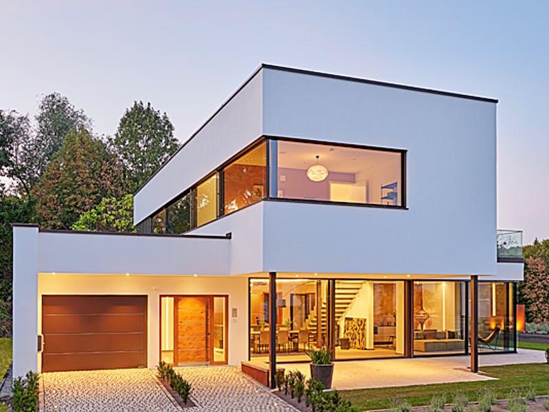 Modernes Kubushaus von LUXHAUS