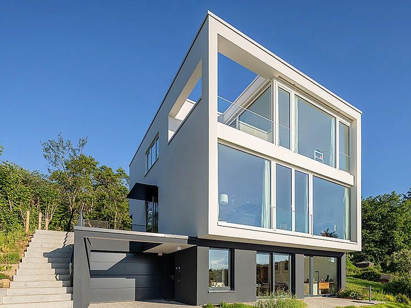 Modernes Kubushaus von Willi Mayer Holzbau