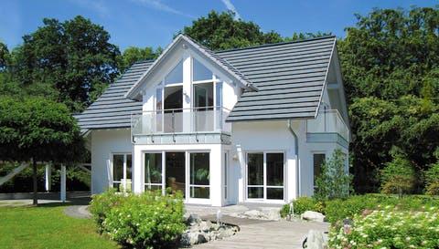 Einfamilienhaus Musterhaus Bad Vilbel von Meisterstück-HAUS ...