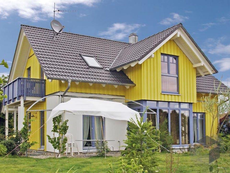 Schwander D123 von Frammelsberger Holzhaus Außenansicht