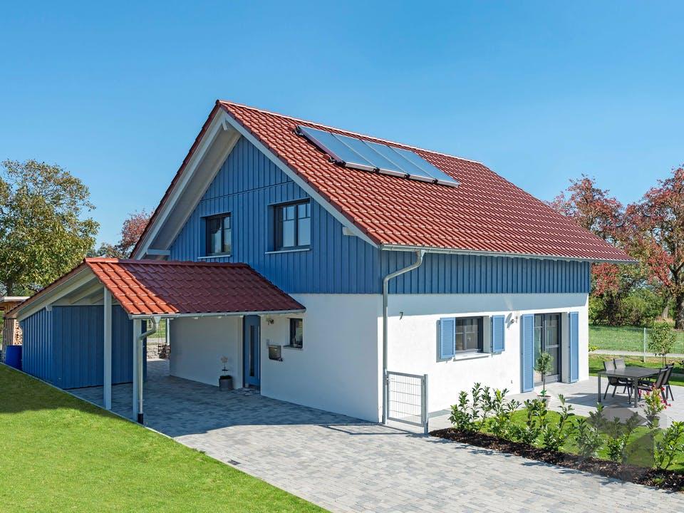 D138 Seifert von Frammelsberger Holzhaus Außenansicht