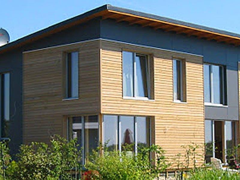 Stadtvilla mit Pultdach von Ökologischer Holzbau Sellstedt