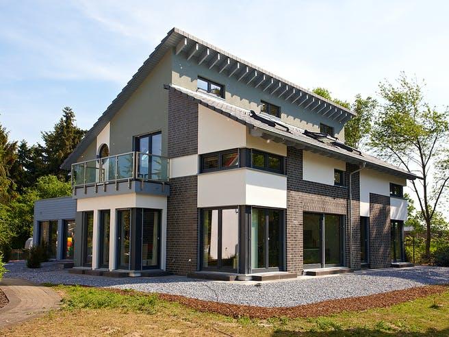 Musterhaus Kaarst von OKAL Haus Außenansicht 1