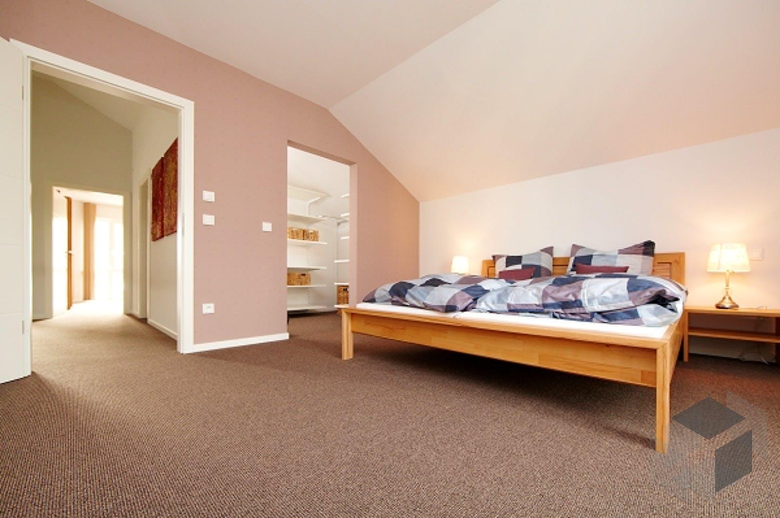 pappelallee kfw effizienzhaus 40 von gussek haus komplette daten bersicht. Black Bedroom Furniture Sets. Home Design Ideas