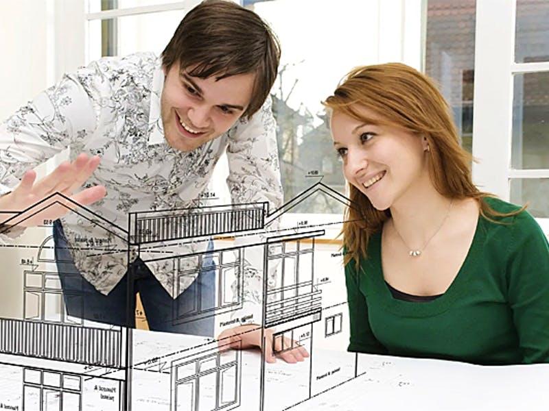 Bauherren bei der Entwurfsplanung