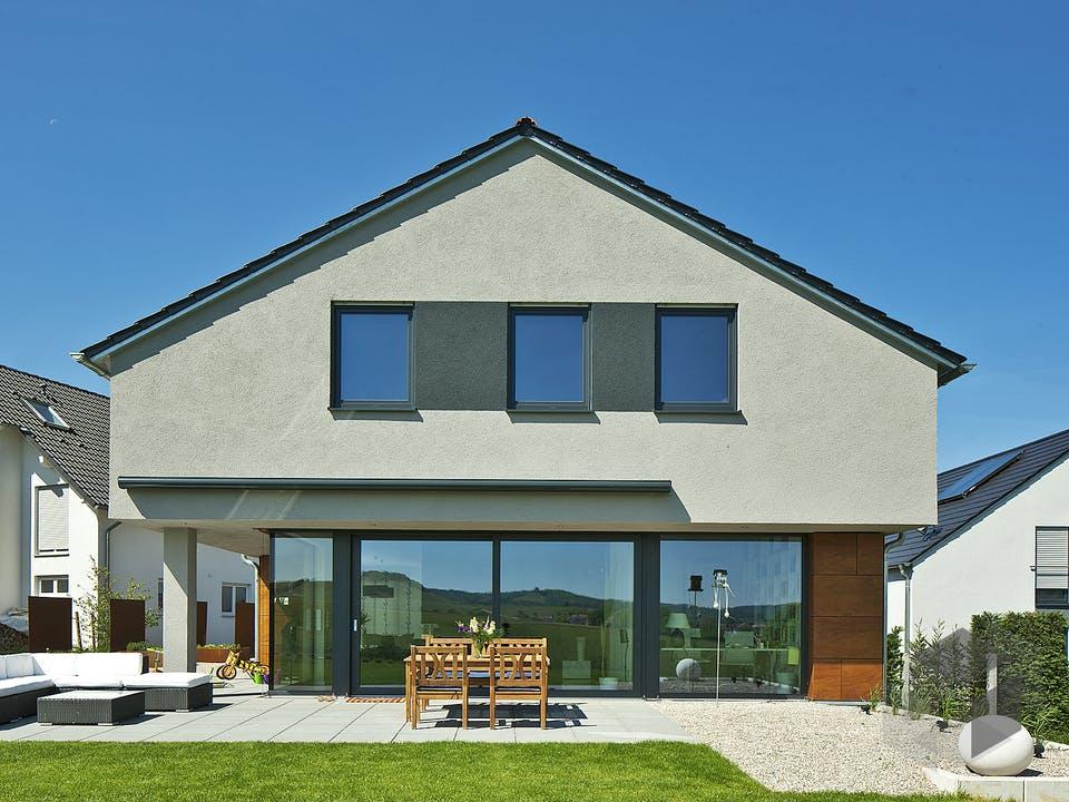 Ohlig von Plan-Concept Massivhaus Außenansicht