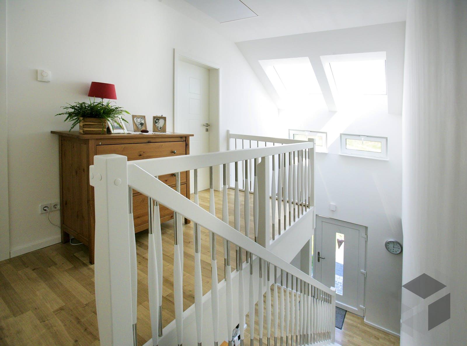 point 129 a von dan wood komplette daten bersicht. Black Bedroom Furniture Sets. Home Design Ideas
