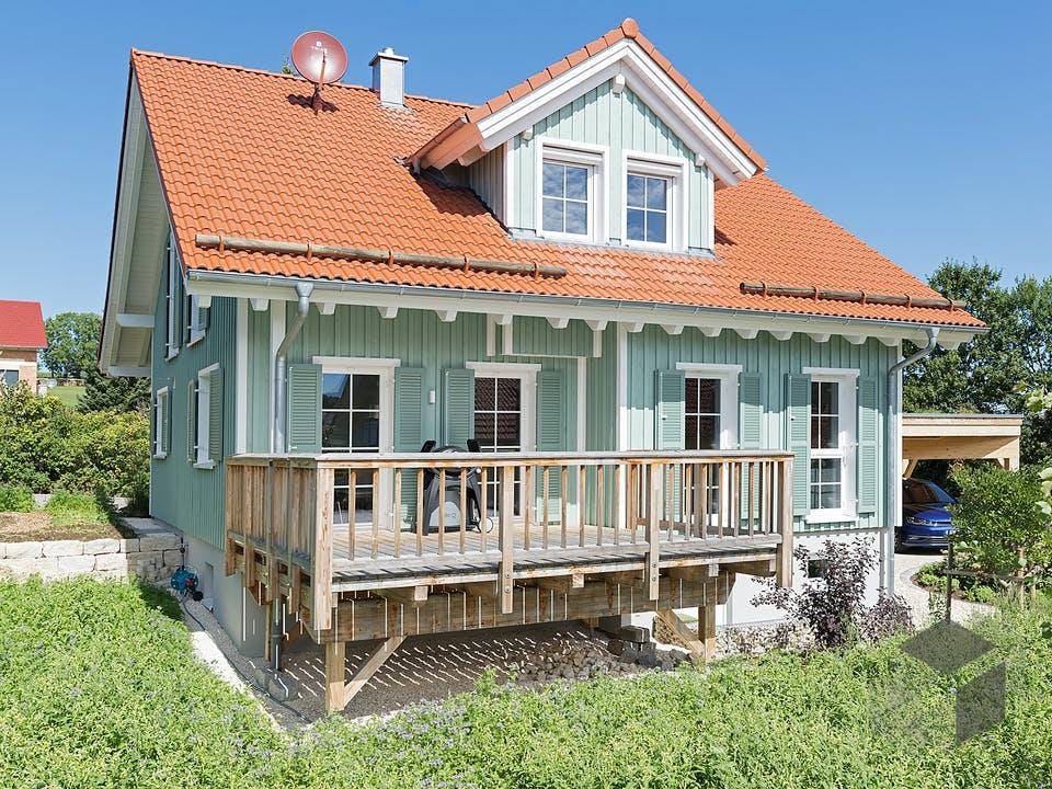 Urach von Rems-Murr-Holzhaus Außenansicht
