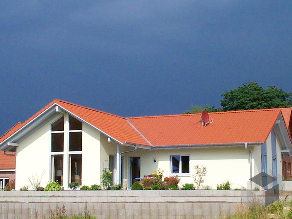 Rosi (KfW-Effizienzhaus 40) von Dammann-Haus Außenansicht