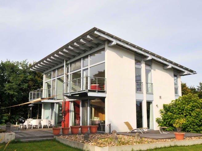 Sabine (KfW-Effizienzhaus 40) von Dammann-Haus Außenansicht 1