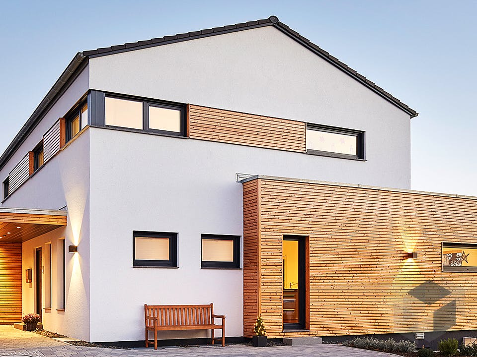 Satteldach Landhaus 207 von LUXHAUS Außenansicht