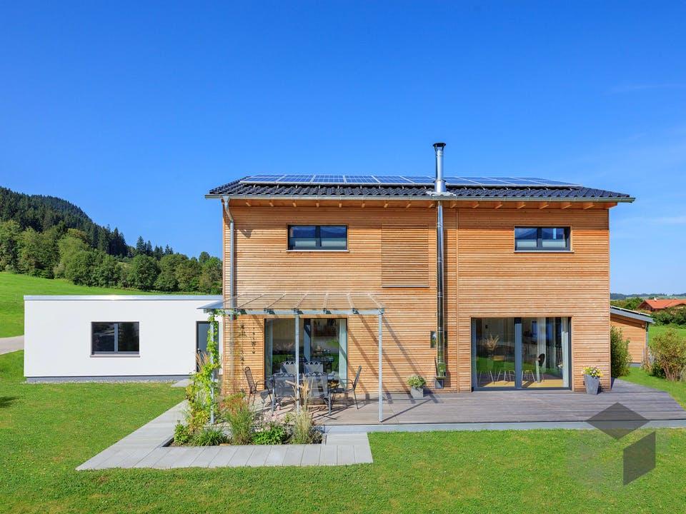 Schneider - Kundenhaus von Baufritz Außenansicht