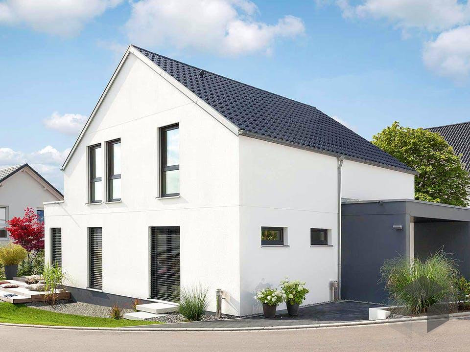 E 15-158.3 - Modernes Satteldachhaus von SchwörerHaus Außenansicht