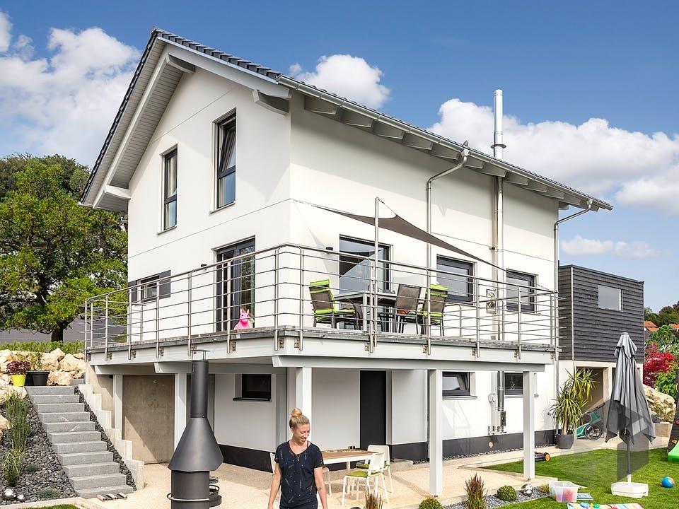 E 15-121.7 - Kundenhaus mit Eigenleistungen von SchwörerHaus - Österreich Außenansicht