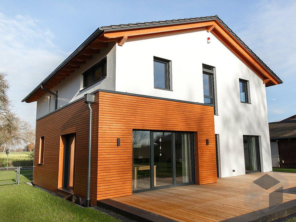 Kundenhaus 1 von Stamm Holzbau Außenansicht