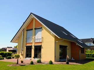 Steffy (KfW-Effizienzhaus 40) von Dammann-Haus Außenansicht 1