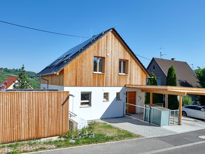Stuttgart von Rems-Murr-Holzhaus Außenansicht 1