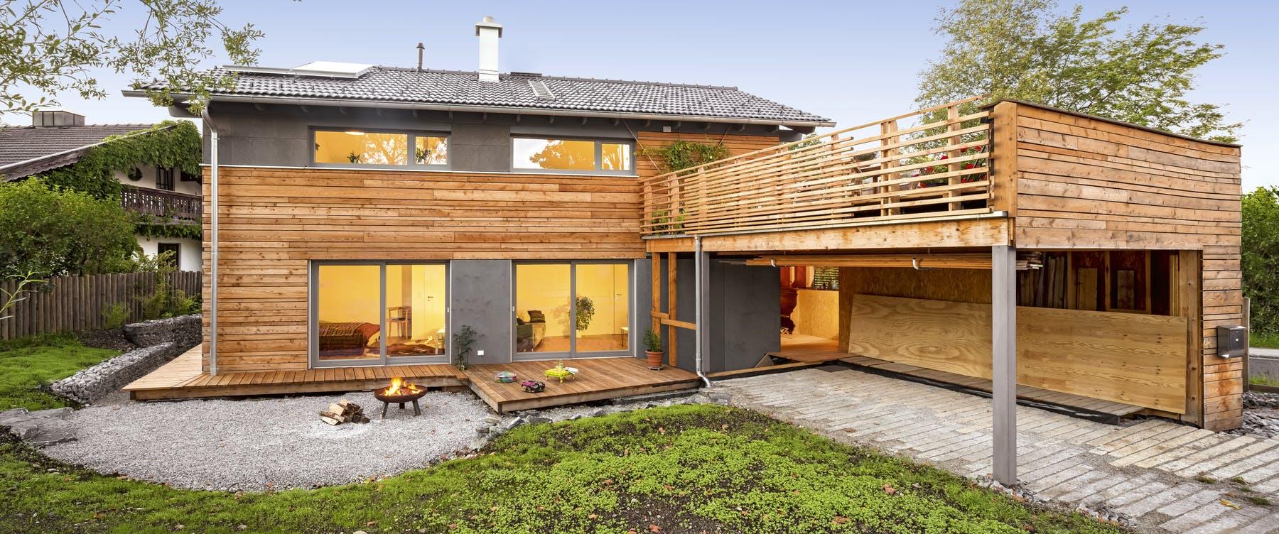 Sehr Ein Haus mit Terrasse planen & bauen - Häuser & Infos | Fertighaus.de LK66
