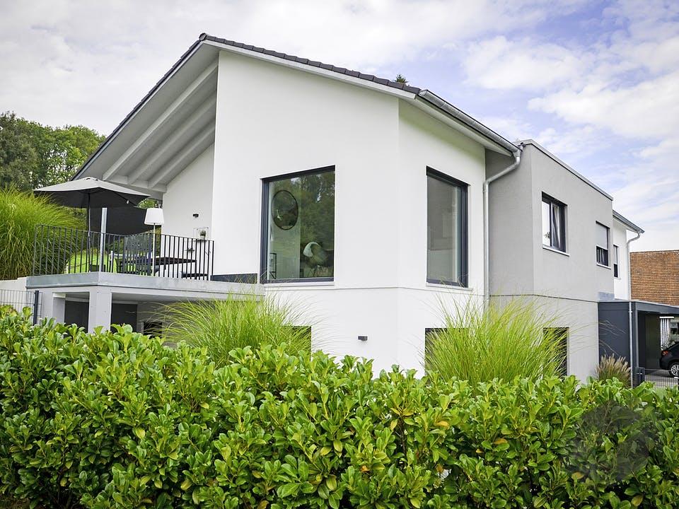 Zweifamilienhaus RG von Weizenegger Außenansicht