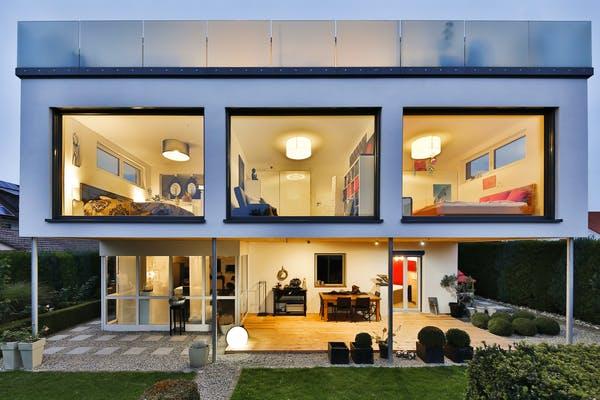 Modernes Kubushaus von Weizenegger