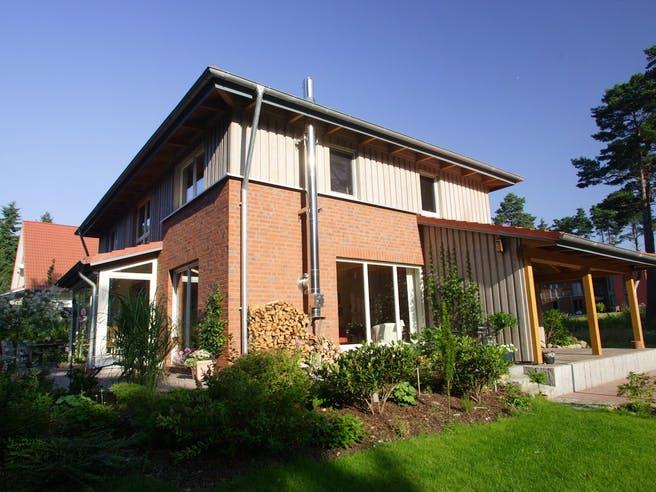 Wieke (KfW-Effizienzhaus 40) von Dammann-Haus Außenansicht 1