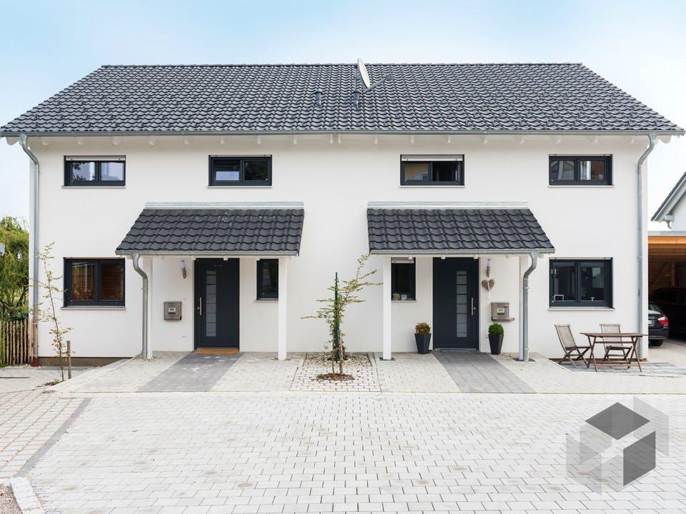 Doppelhaus Fürstenfeldbruck von Wolf System Außenansicht