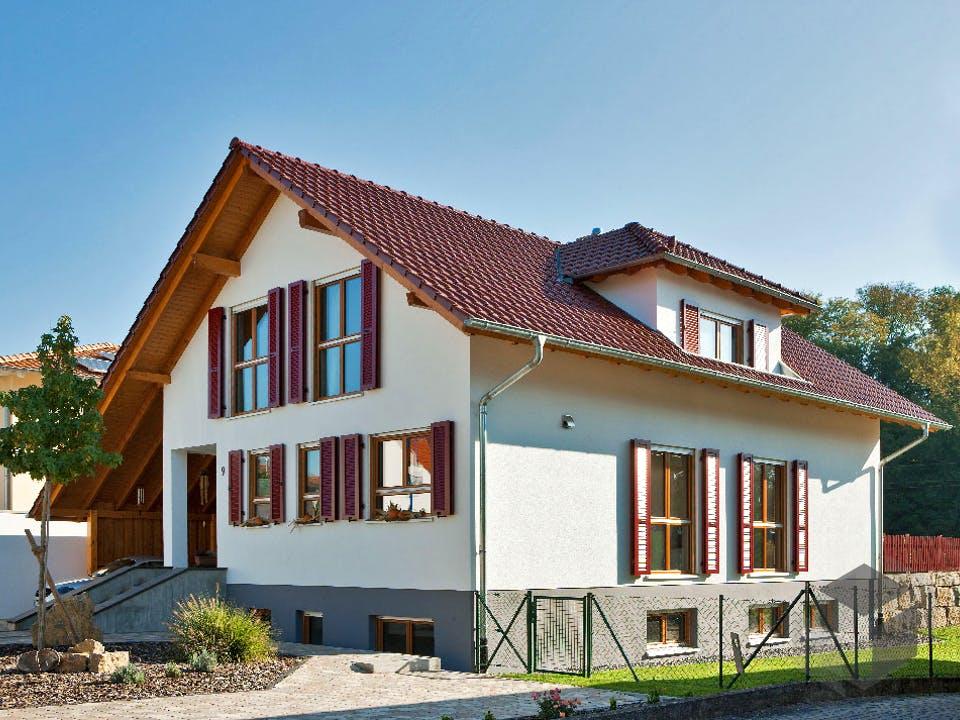 Kundenhaus Eichner von Zaunmüller Massivhaus Außenansicht