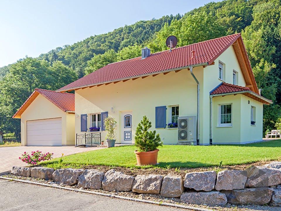 Kundenhaus Fichtner von Zaunmüller Massivhaus Außenansicht
