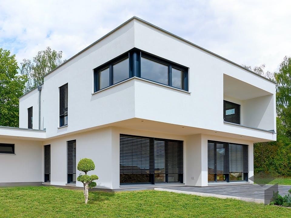 Einfamilienhaus mit Keller & Garage von Ziegler Haus Außenansicht