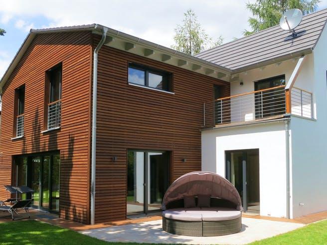 Einfamilienhaus mit Keller & Carport von Ziegler Haus Außenansicht 1